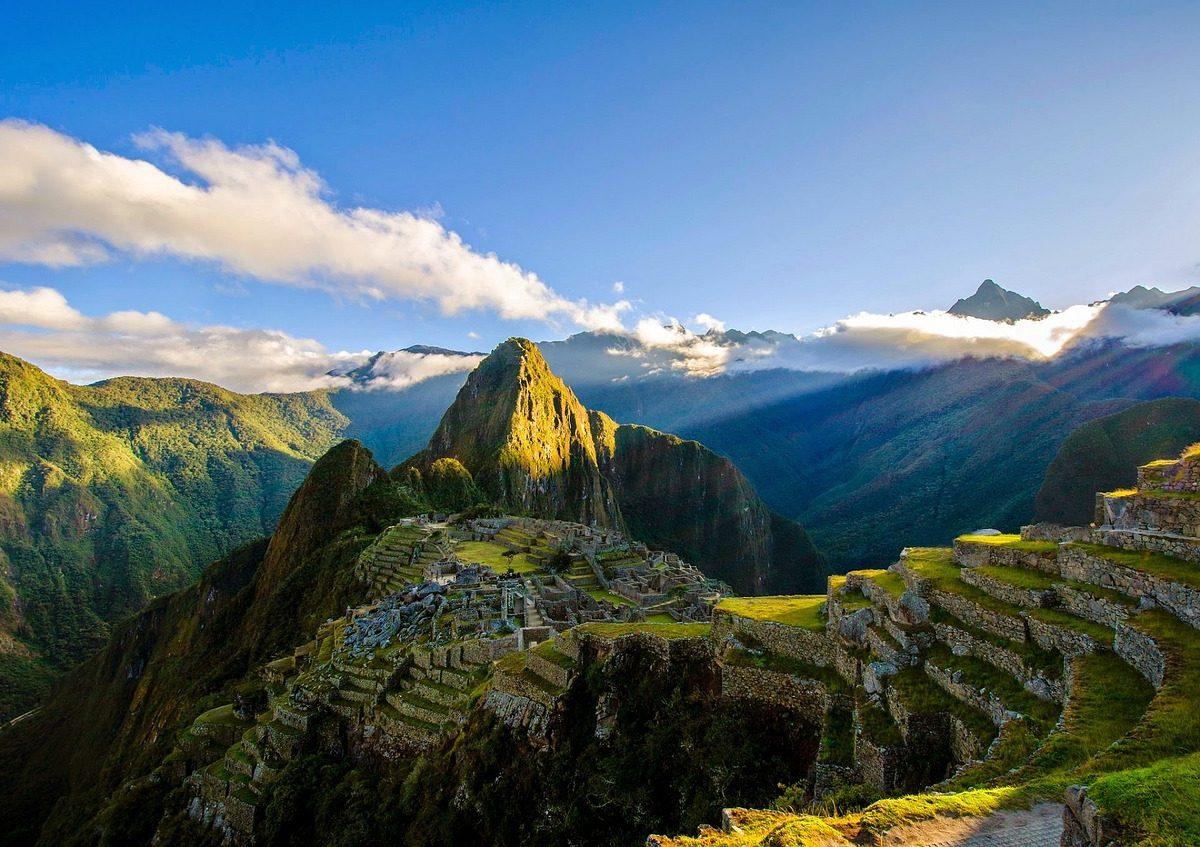 voyage pérou ruines montagnes antique ville historique